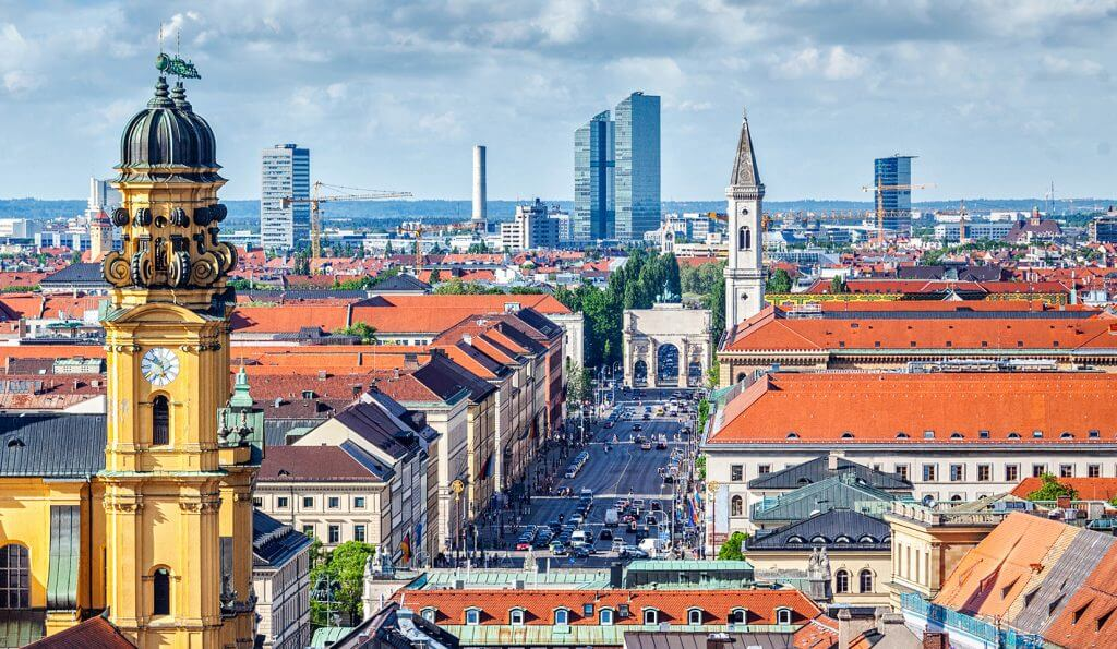 Move into new Headquarters in Munich